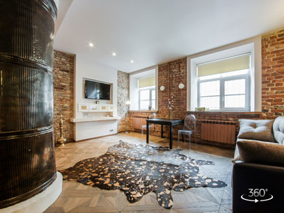 Однокомнатная квартира — студия посуточно в центре СПб на Миллионной 20