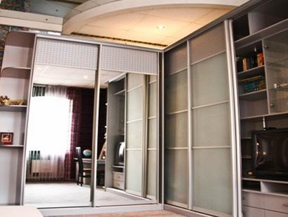 Четырехкомнатная квартира посуточно с сауной и джакузи в центре СПб