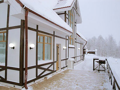Cottage for rent on the Lake Volochaevskoe
