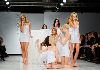 Неделя моды AURORA FASHION WEEK Russia SS 2014