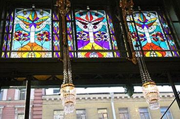 Интересные места в Санкт-Петербурге: Стеклянные картины или игра света