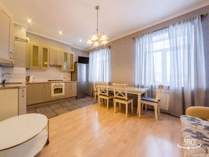 Two bedroom apartment for daily rent with a panoramic view of the Fontanka 50