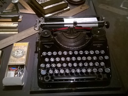 Vintage typewriter for printing in Finnish language