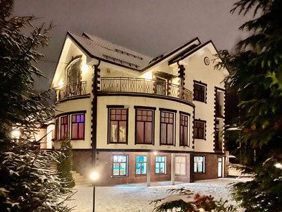 Коттедж для первоклассного отдыха в черте Санкт-Петербурга в аренду посуточно