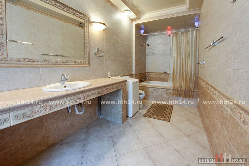 Two-level apartment for by day rent in SPb at Italyanskaya street 29