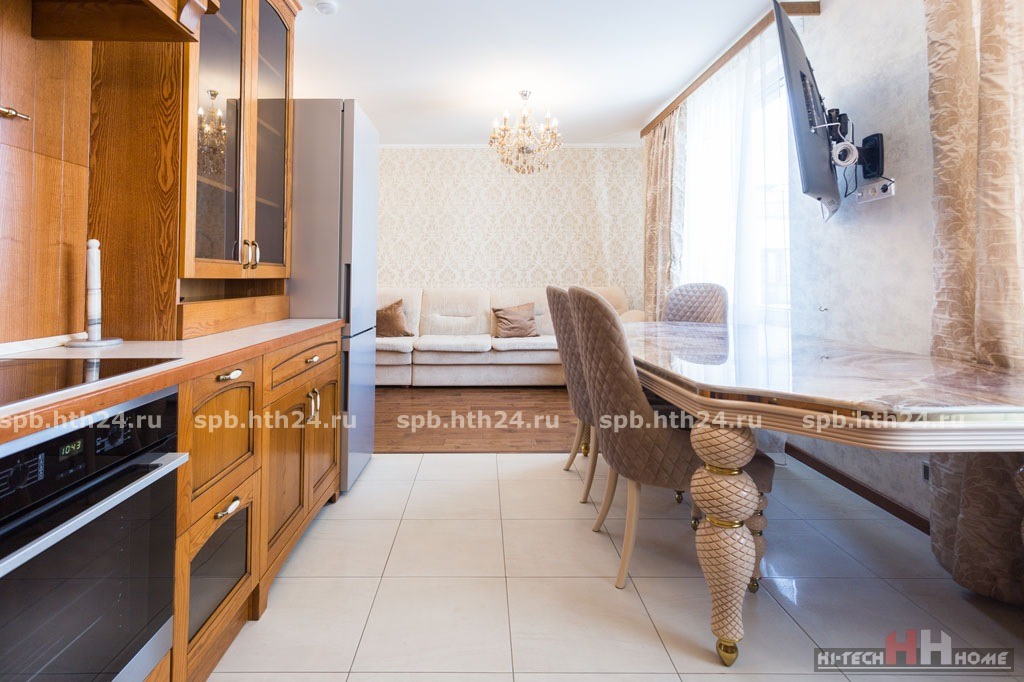 Apartment for rent in the center of St. Petersburg near the Alexander Nevsky Square