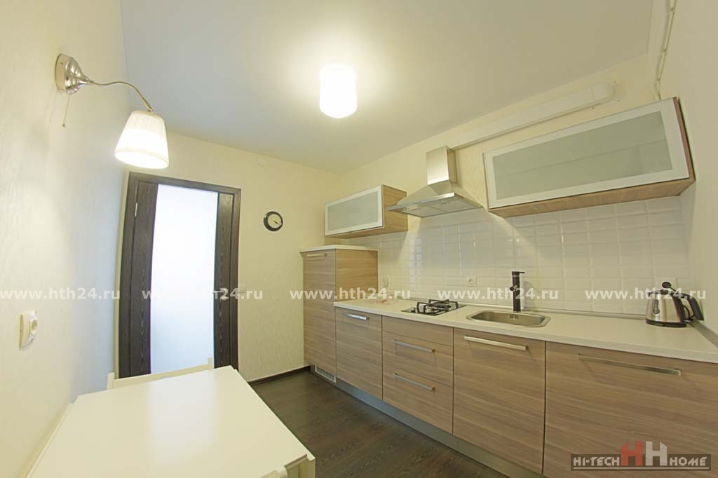 Two Bedroom Apartment for the Short Term Rent at Millionnaya 11