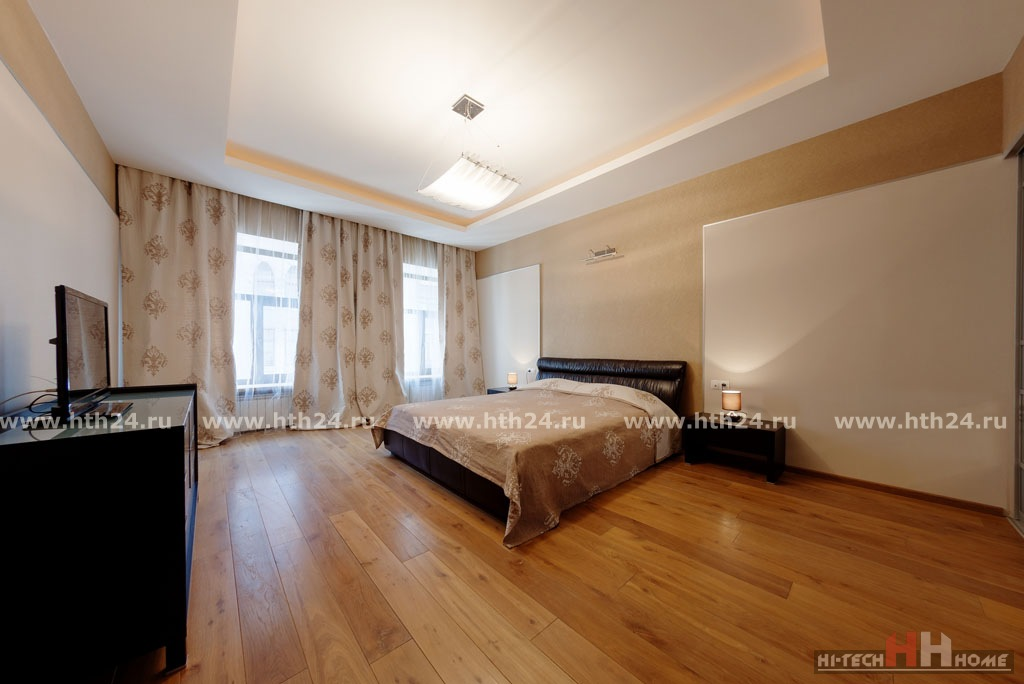 Apartment for rent in the center of St. Petersburg on Stremyannaya 11