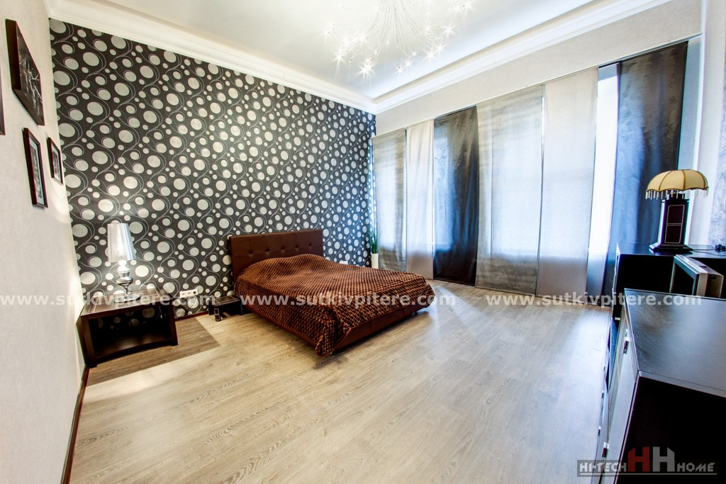 VIP Class Apartment for Short Term Rent in Saint-Petersburg at Vosstaniya 40