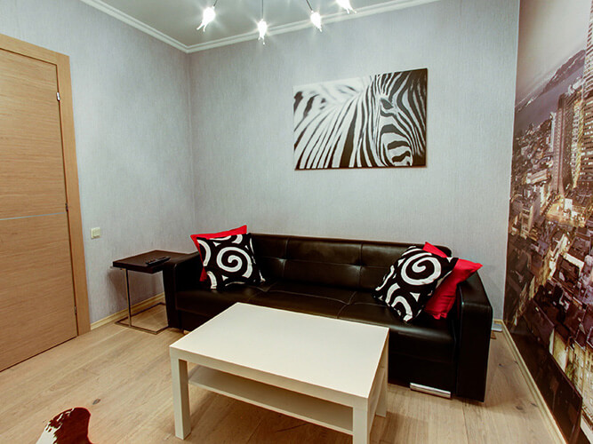Смотреть 3d тур - Three-roomed apartment for rent in the center of SPb at Bolshaya Koniyshennaya street 3