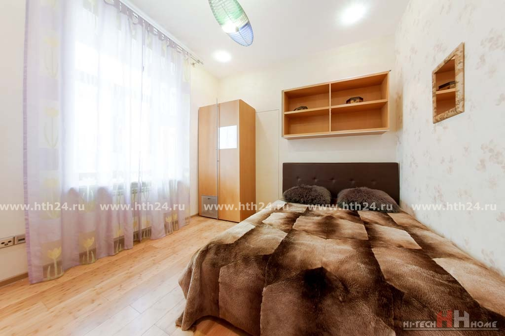 VIP Apartment for short term rent on Italyanskaya 14