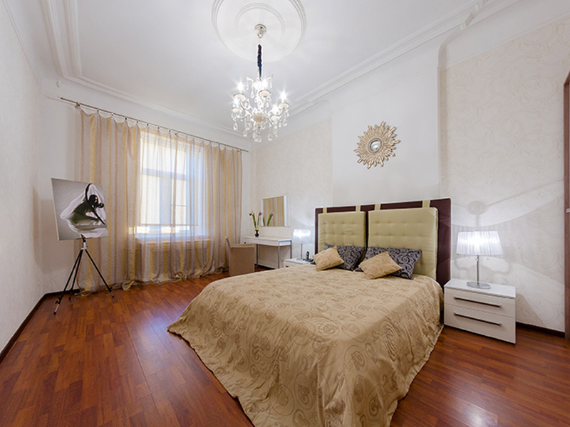 Смотреть 3d тур - VIP apartments for rent in St. Petersburg on Nevsky Prospect 173